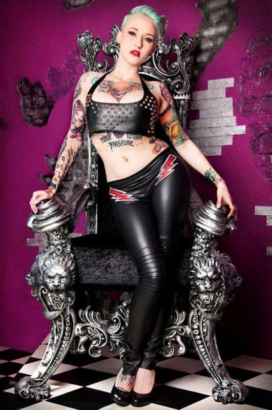 tattoos   >.<   !