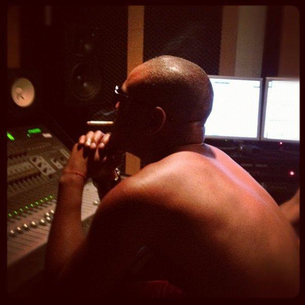En studio pour le 4ème album des Psy4 #4emeDimension #TorseNuEnPleineVille