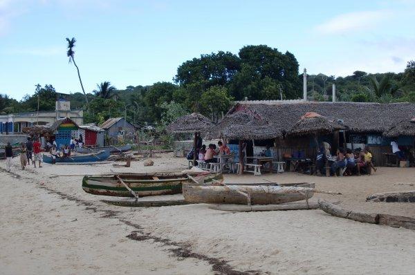 MADAGASCAR - DIEGO-SUAREZ - RAMENA - LE VILLAGE - (Février 2011)