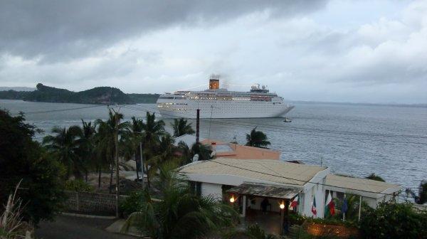 MADAGASCAR - DIEGO-SUAREZ - ESCALE DU MSC ROMANTICA - (Février 2011)