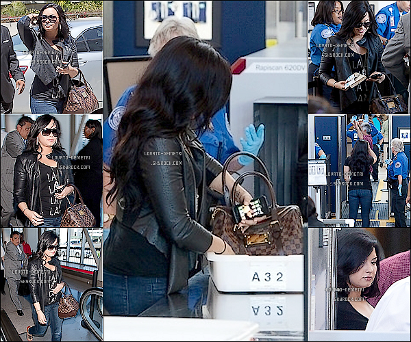 - Le 23/04/2011 Demi & son pére à l'aéroport de Los Angeles -