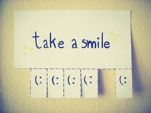 Cherche un artiste pour mettre un sourire magnifiques sur les gens