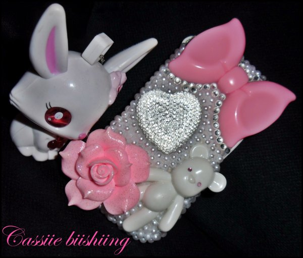 Ma phone case bling <3 créa by cassiie biishiing