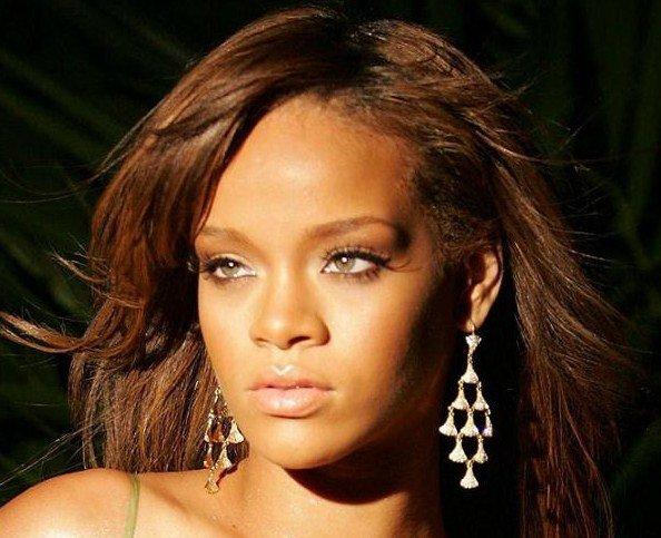 Rien_que_Rihanna_en _mode_100%_bauté.