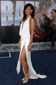Rihanna a ete a l'avant-premiere de Battleship a New-York.Top ou Flop?