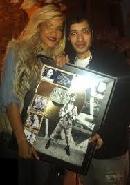 Rihanna est disque d'or!!!!