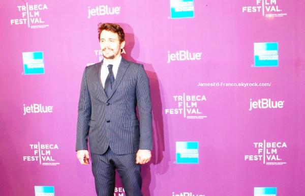 """. 21 Avril 2013 James Franco a présenté son documentaire """"The Director"""" à NYC.  ."""
