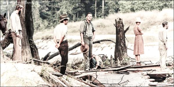 "- Photos promotionnelles du film "" As I Lay Dying"" où apparait James. -"