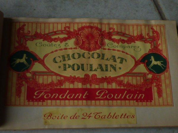 je vous remonte  le plus beau de ma collection  chocolat poulain................Ce peti carnet il na paye pas de mine mais l interieur..........une  merveille......Et  d apres  une dame quia tenue un musee au environ de BLOIS..................Ce carnet est  une piece unique.....................Donc l emballage le plus ancien 1910; Je vous ferai decouvrir les autres  plutard