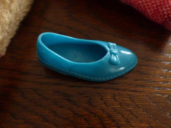 recherche  chaussures a noeud  cathie bella bleu  pied gauche aider moi a reunir la paire