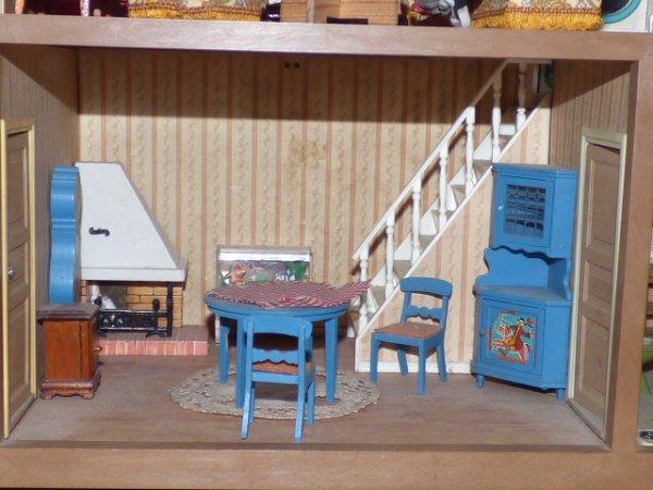 mon jouet prefere la maison lundby............je devais la mettre en photo  sur le blog pour une amie