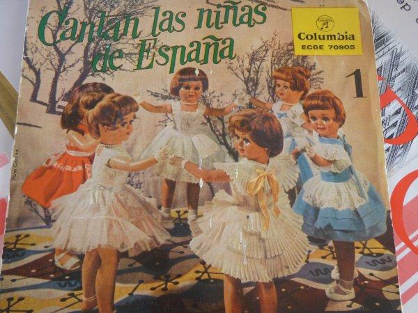 45 tours cantan  las ninas  de espana