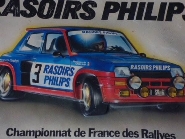affiche  plastifier  de la renault 5 Turbo  piloter  par monsieur  Jean Ragnotti  qui a feter  ces 70 ANS