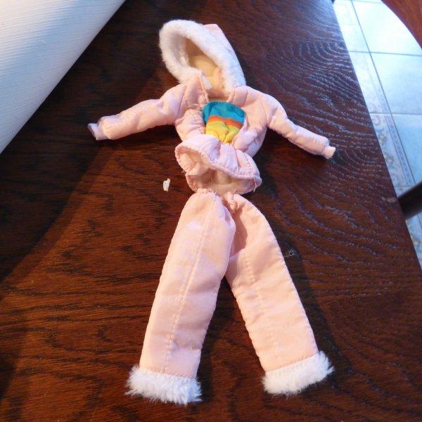 ancienne tenue barbie  a  echanger