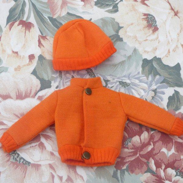petite cerise sur le gateau j adore  le orange 2 pieces d une tenue tressy  orange  toujours chez emmaus