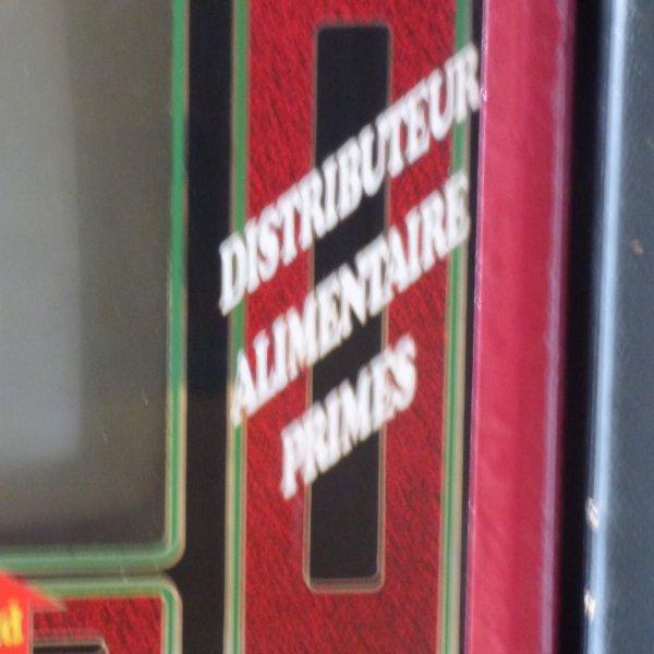 A VENDRE  MACHINES A SOUS POUR DECOS