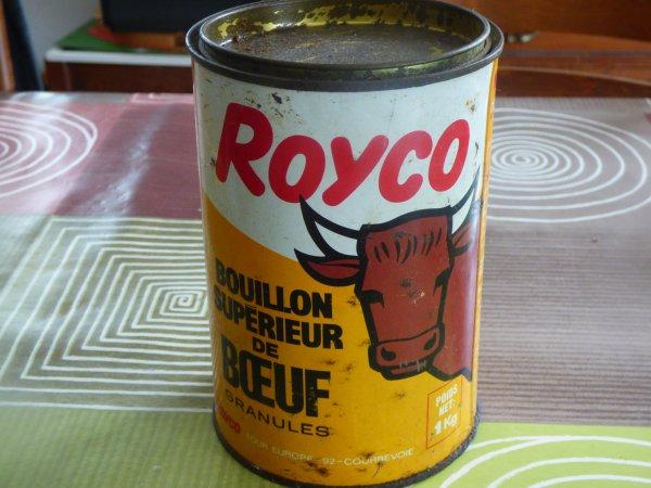 Vide maison une boite Royco dormait dans le garage
