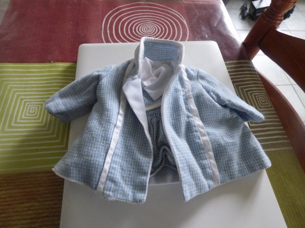 1 ensemble ancien pour nos belles demoiselles manteau +robe;qui le connais;;;;;;;;;;;;;;;Montrer avant le nettoyage