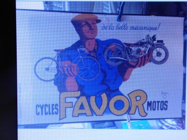 sur un site d encheres.............J ai acheter le cadeau d anniversaire a mon mari  une affiche plucitaire des annees 30 sur les cycles et motos Favor  signer bellenger