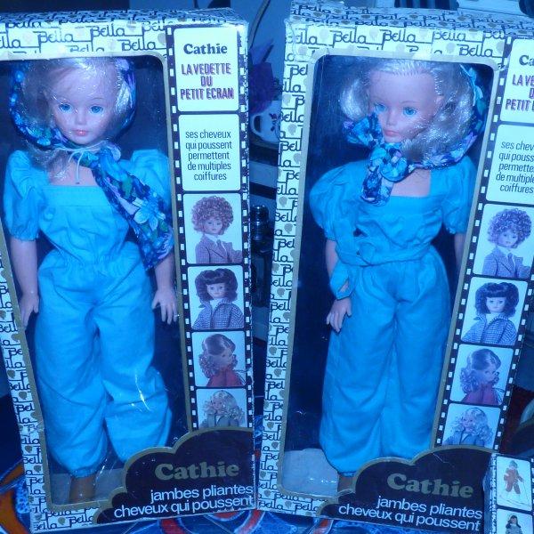 Nous sommes des soeurs jumelles comme dirait Catherine Deneuve voici  Cathy s  bella                                                                  PROPOSE  CATHIE   EN BOITE   EN  ECHANGE D UNE CATHIE EN BOITE QUE JE N AI PAS