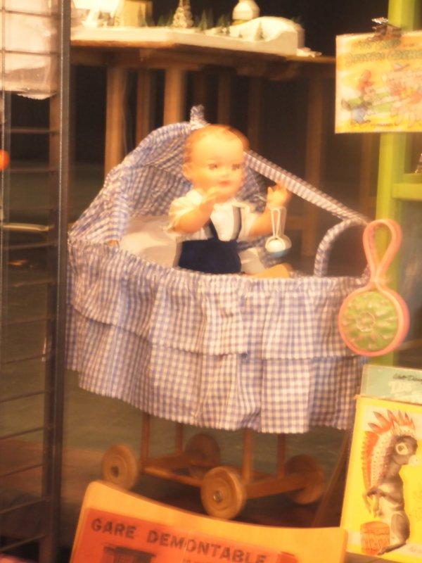 Suite des petites merveilles au salon du jouets  de saint  aubin  du cormier