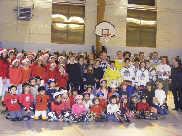 Vendredi 17 décembre 2010 : l' ATP79 fait son gala de Noël !! Toutes les disciplines sont présentes !