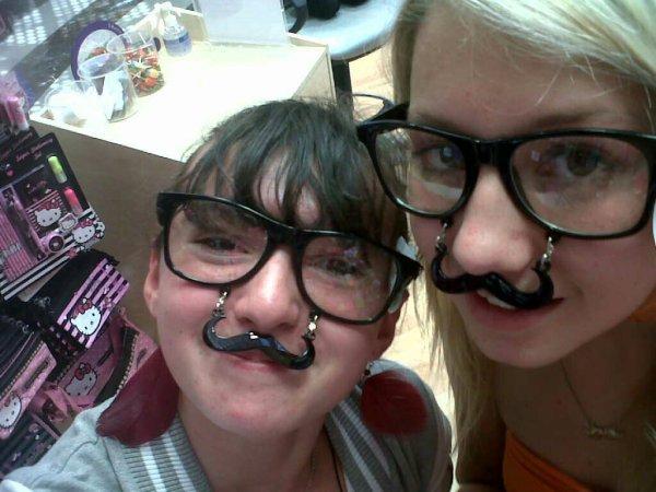 Magnifiquement Moustache ^^