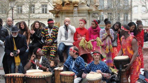 Dimanche 07 Avril 2013 Place à la Danse  A la Place Carnot à Partir de 15 H00 :  A l' occasion de la Journée Mondiale de la Santé . https://www.facebook.com/festival.ferrat.carcassonne?fref=ts