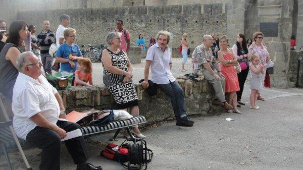 Scene Ouverte De La Bastide a La Cite a Carcassonne