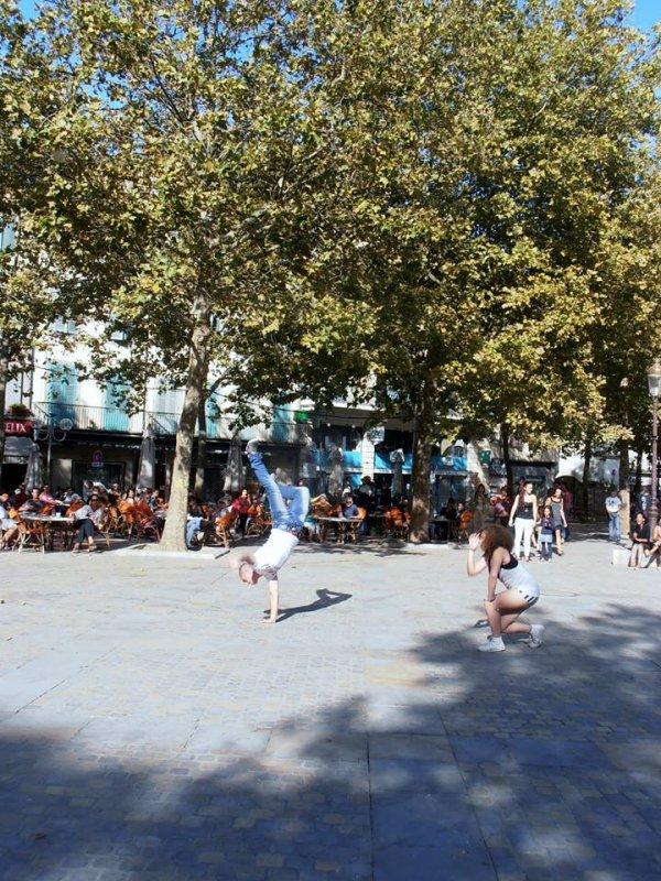 JOURNEE INTERNATIONALE DE LA PAIX.SCENE OUVERTE PLACE CARNOT A CA (33 photos)PLACE CARNOT voir: facebock