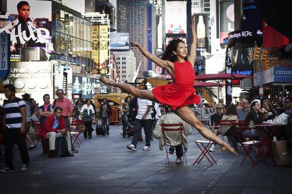5 édition « Place à la Danse au centre ville  et Concert   GISC Reservoir d'Artistes - Square Andrée Chénier: