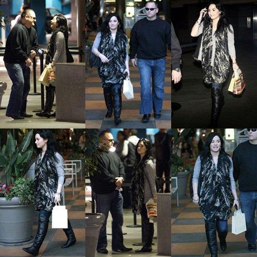 30/01 : Demi faisant du shopping a Los Angeles