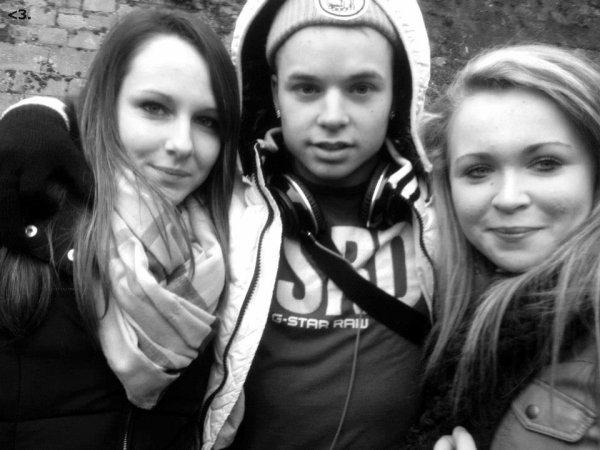Ma2x Avec Lauras And Chloé <3