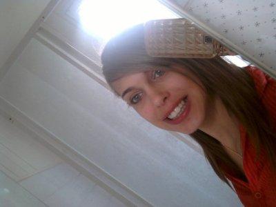 sourir a la vie ,sans se poser des question a sousis :p