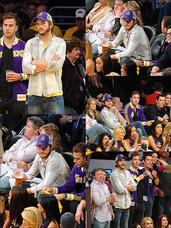 . 19 mai 2012 : Ashton Kutcher a été aperçu avec Rumer Wilis dans sa voiture plus tard Ashton a été vu allant au match des Lakers à Los Angeles et au match.  .