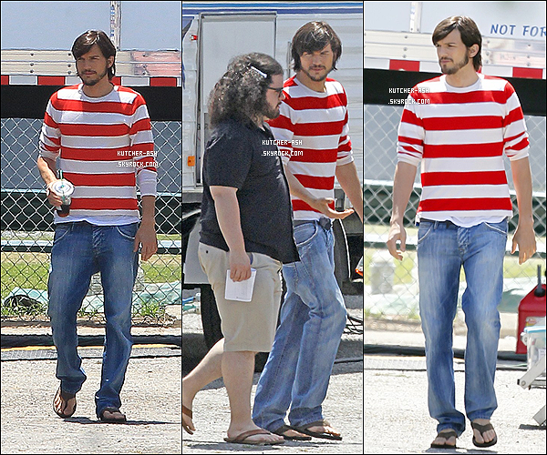 ". 15/06/12 : Ashton Kutcher, son Starbucks et Josh Gad ont été vus au set de""jObs"" à Los Angeles. ."