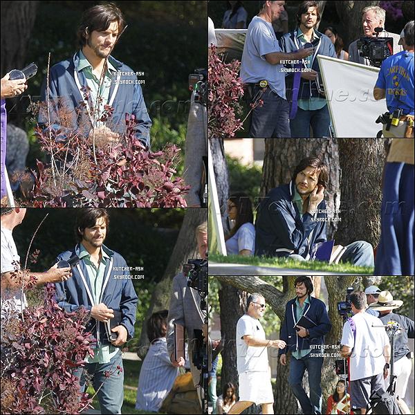 """. 18/06/12 : Ashton Kutcher a été vu au tournage du film """"jOBS"""" à l'université UCLA en Californie. ."""