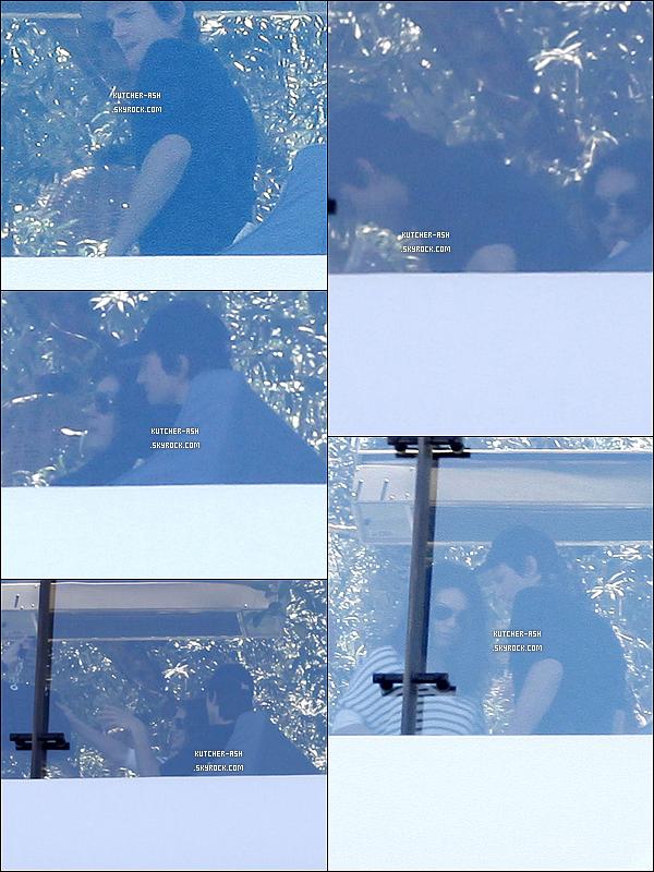 . 30/06/12 : Milton et un ami ont été vus déjeunant au restaurant Soho House à West Hollywood. Découvrez des photos de Ash' Kutcher datant du 28 juin 2012 conduisant sa voiture éléctrique à Los Angeles (Californie), ici. .