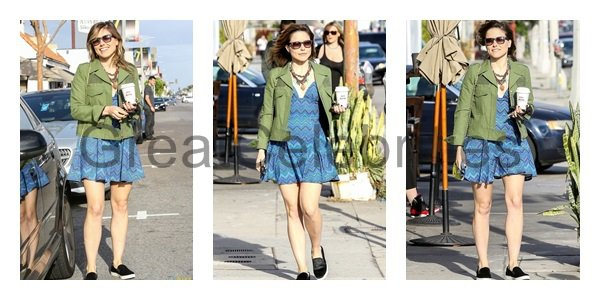 March 26, 2014 - Sophia Bush leaving the Kings Road Cafe in Los Angeles.