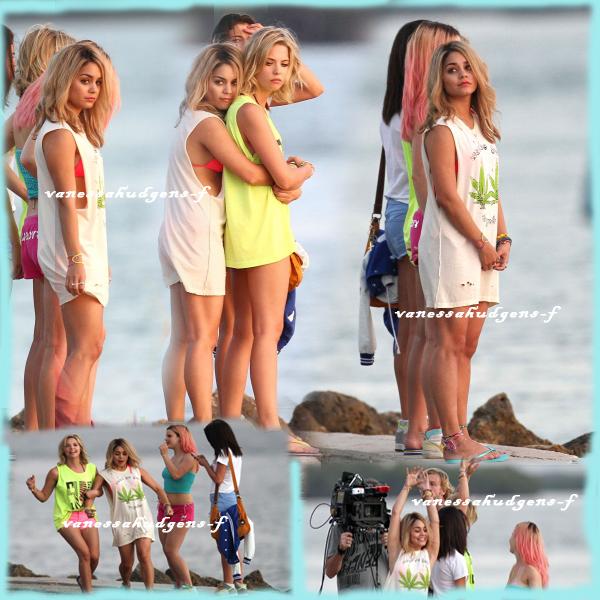 Ce 12-03-2012   Nouvelle journée pour Vanessa Hudgens et ses co-stars sur la plage de Floride en plein tournage du film spring breakers!