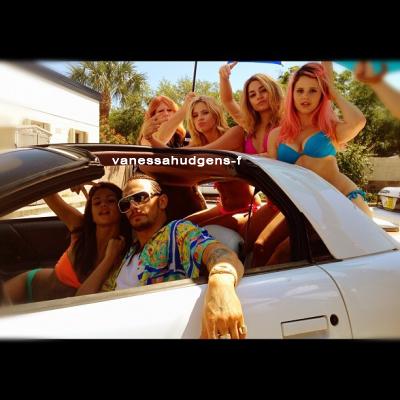 Ce 28-03-2012 ::: Le cast de SB se détend ! Après une scène tournée à Santa Monica !