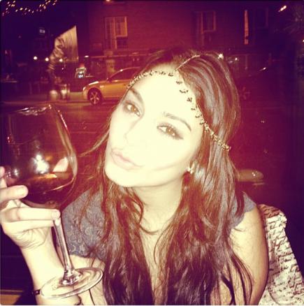 Vanessa vous souhaite une bonne et heureuse année ^^