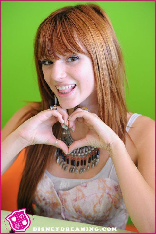 Coeur <3Bella Thorne