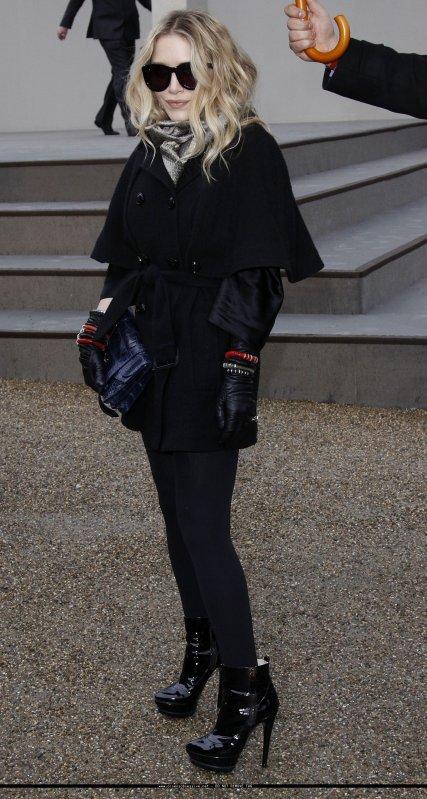 kkkkkkkkkkkkkkkkkkkkkkkkkkkkkkkkkkkkkkkkkkkkkkkkkkkkkkkkkkkkkkkkkkkkkkkkkkkkkkkkkkkkkkkkkkkkkkkkkkkkkkkkkkkkkkkk23 FÉVRIER 2010 : Mary-Kate assistant au Burberry Fashion Show Automne/Hiver 2010 à Londres, Angleterre   kkkkkkkkUn top de chez tops ! Tout est parfait. Kristen Stewart, Kate Hudson et Claire Danes étaient de la partit. kkkkkkkkkkkkkkkkkkkkkkkkkkkkkkkkkkkkkkkkkkkkkkkkkkkkkkkkkkkkkkkkkkkkkkkkkkkkkkkkkkkkkkkkkkkkkkkkkkkkkkkkkkkkkkkk