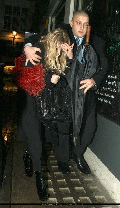 kkkkkkkkkkkkkkkkkkkkkkkkkkkkkkkkkkkkkkkkkkkkkkkkkkkkkkkkkkkkkkkkkkkkkkkkkkkkkkkkkkkkkkkkkkkkkkkkkkkkkkkkkkkkkkkk21 FÉVRIER 2010 : Mary-Kate quittant le Momo's Restaurant à Londres    kkkkkkkk Du vrai MK cette tenue ! kkkkkkkkkkkkkkkkkkkkkkkkkkkkkkkkkkkkkkkkkkkkkkkkkkkkkkkkkkkkkkkkkkkkkkkkkkkkkkkkkkkkkkkkkkkkkkkkkkkkkkkkkkkkkkkk