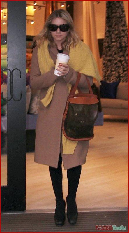kkkkkkkkkkkkkkkkkkkkkkkkkkkkkkkkkkkkkkkkkkkkkkkkkkkkkkkkkkkkkkkkkkkkkkkkkkkkkkkkkkkkkkkkkkkkkkkkkkkkkkkkkkkkkkkk11 MARS 2010 : Après être allée chez le coiffeur, Ashley est allée au magasin de décorations Silk Trading Co. pour faire du shopping sur Broadway, à New York    kkkkkkkkC'est pas à son habitude de sortir autant ! Mais on s'en plaindra pas ^_^ kkkkkkkkkkkkkkkkkkkkkkkkkkkkkkkkkkkkkkkkkkkkkkkkkkkkkkkkkkkkkkkkkkkkkkkkkkkkkkkkkkkkkkkkkkkkkkkkkkkkkkkkkkkkkkkk