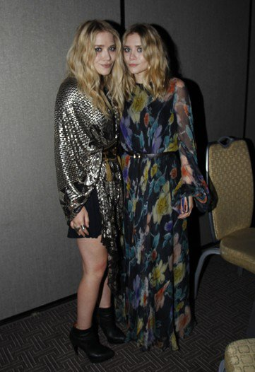 kkkkkkkkkkkkkkkkkkkkkkkkkkkkkkkkkkkkkkkkkkkkkkkkkkkkkkkkkkkkkkkkkkkkkkkkkkkkkkkkkkkkkkkkkkkkkkkkkkkkkkkkkkkkkkkk26 MAI 2010 : Mary-Kate et Ashley sur le tapis rouge des  American Image Awards 2010 avec Steve Madden au Grand Hyatt Hotel à New York   kkkkkkkkWahou franchement j'adore ! Surtout la tenue d'Ashley :D  kkkkkkkkkkkkkkkkkkkkkkkkkkkkkkkkkkkkkkkkkkkkkkkkkkkkkkkkkkkkkkkkkkkkkkkkkkkkkkkkkkkkkkkkkkkkkkkkkkkkkkkkkkkkkkkk