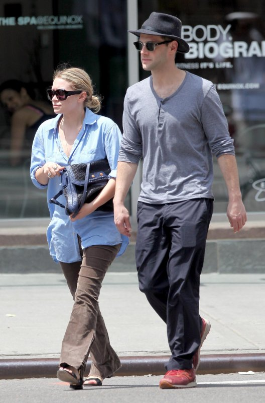 kkkkkkkkkkkkkkkkkkkkkkkkkkkkkkkkkkkkkkkkkkkkkkkkkkkkkkkkkkkkkkkkkkkkkkkkkkkkkkkkkkkkkkkkkkkkkkkkkkkkkkkkkkkkkkkk01 JUIN 2010 : Ashley se promenant avec Justin après avoir déjeuner à East Village, NY   kkkkkkkkToujours aussi banal, par conte je déteste pas. J'aime la chemise !  kkkkkkkkkkkkkkkkkkkkkkkkkkkkkkkkkkkkkkkkkkkkkkkkkkkkkkkkkkkkkkkkkkkkkkkkkkkkkkkkkkkkkkkkkkkkkkkkkkkkkkkkkkkkkkkk