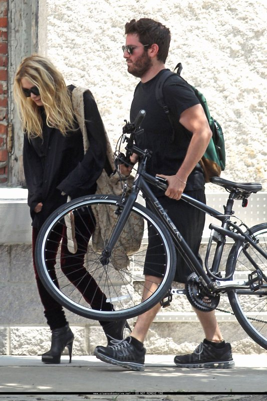 kkkkkkkkkkkkkkkkkkkkkkkkkkkkkkkkkkkkkkkkkkkkkkkkkkkkkkkkkkkkkkkkkkkkkkkkkkkkkkkkkkkkkkkkkkkkkkkkkkkkkkkkkkkkkkkk04 JUIN 2010 : Mary-Kate quittant son appartement avec son BFF Hayden S. à SoHo, NY    kkkkkkkkToute mignonne, j'aime bien =)  kkkkkkkkkkkkkkkkkkkkkkkkkkkkkkkkkkkkkkkkkkkkkkkkkkkkkkkkkkkkkkkkkkkkkkkkkkkkkkkkkkkkkkkkkkkkkkkkkkkkkkkkkkkkkkkk