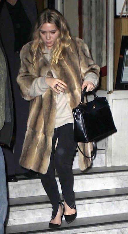 kkkkkkkkkkkkkkkkkkkkkkkkkkkkkkkkkkkkkkkkkkkkkkkkkkkkkkkkkkkkkkkkkkkkkkkkkkkkkkkkkkkkkkkkkkkkkkkkkkkkkkkkkkkkkkkk18 OCTOBRE 2010 : Ashley quittant le restaurant japonais Nobu avec Justin à Tribeca, New York    kkkkkkkkExcepté le manteau de fourrure, la tenue à l'air super ! J'adore :)   kkkkkkkkkkkkkkkkkkkkkkkkkkkkkkkkkkkkkkkkkkkkkkkkkkkkkkkkkkkkkkkkkkkkkkkkkkkkkkkkkkkkkkkkkkkkkkkkkkkkkkkkkkkkkkkk